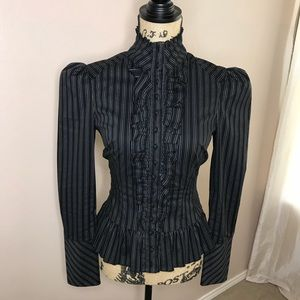 Fitted women's blouse